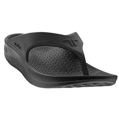 Telic Flip-Flop Sandals