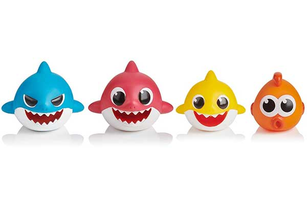 WowWee Pinkfong Baby Shark Bath Squirt Toy