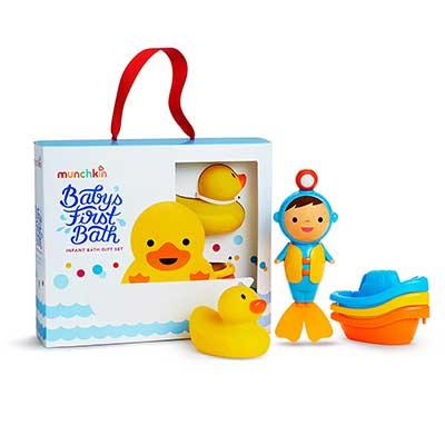 Munchkin Baby's First Bath, 3 Piece Toy Set
