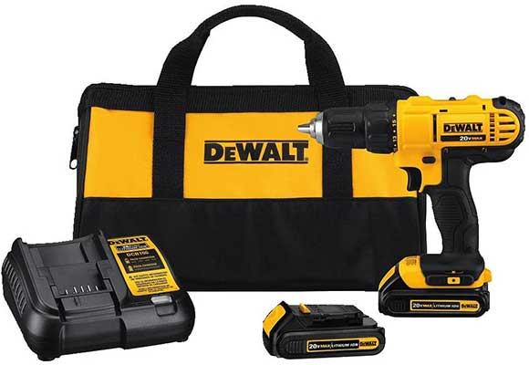 DEWALT 20V MAX Cordless Drill/Driver Kit